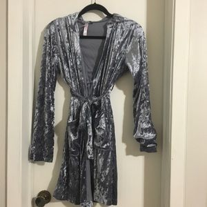 Other - Super Soft Grey Robe with Pockets and Hood
